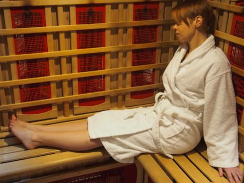Spalaj kalorie i chudnij w saunie na podczerwień