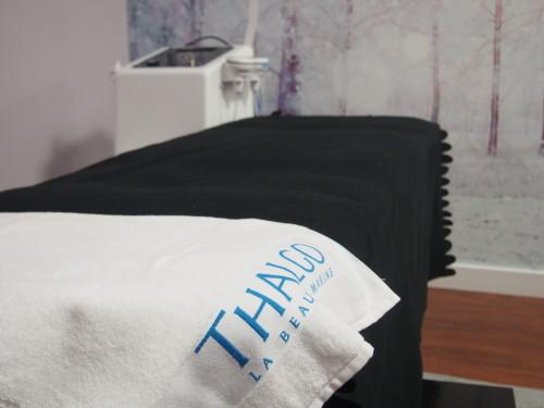 Połączenie siły kosmetyków profesjonalnych z najwyższej półki (Thalgo) i renomowanego urządzenia do zabiegów na twarz i ciało sprawia, że efekty przekraczają oczekiwania samych terapeutów SPA.